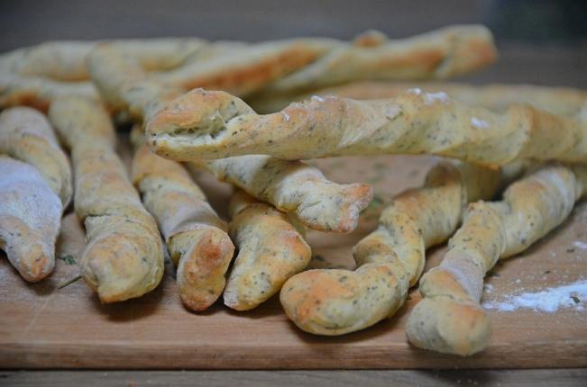 mini-baguettes-aux-herbes