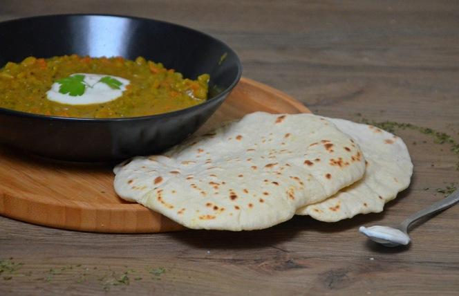 curry-de-pois-casses-vegan-pain-pita