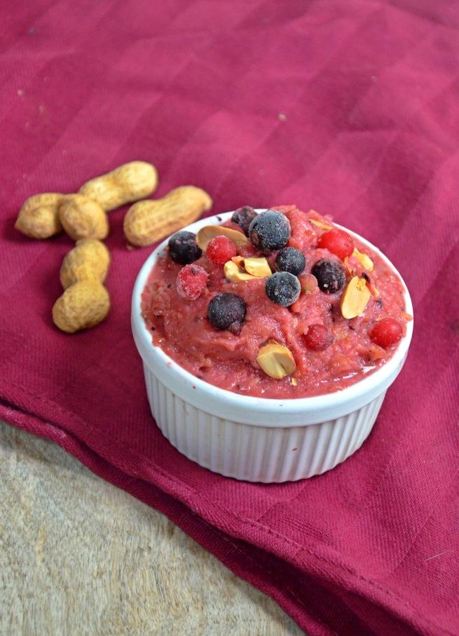 smoothie glacé a la mangue fruits rouges