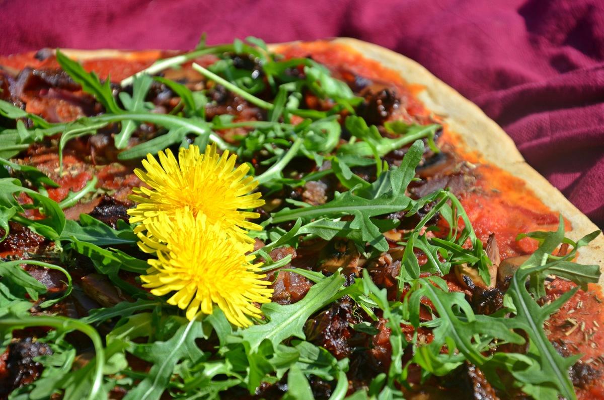 pizza tomate séchées roquette champignons