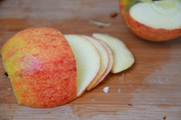 préparation des roses de pomme